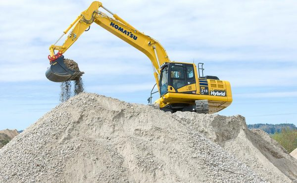 6831-escavatore-cingolato-ibrido-komatsu-hb215lc-2_2